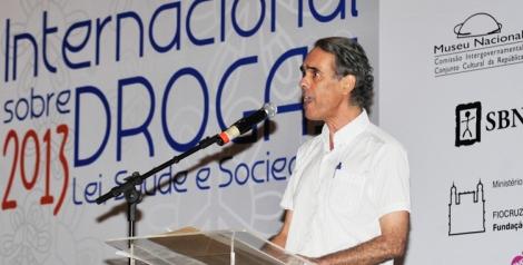 henrique carneiro congresso
